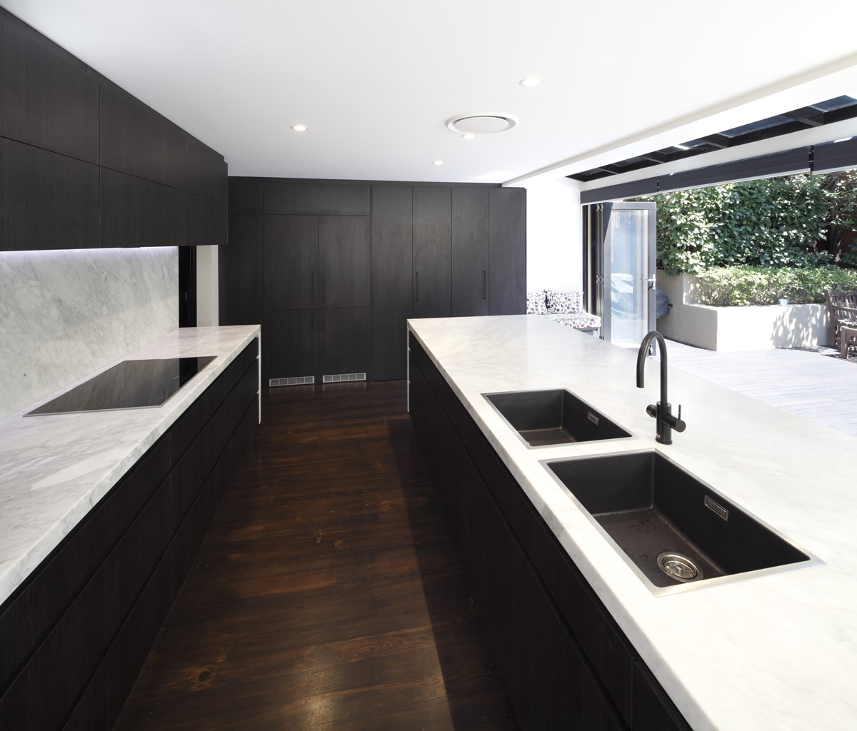 Carrara Marble Kitchen Benchtops: Natural Stone Gallery > Gallery > Quantum Quartz, Natural Stone Australia, Kitchen Benchtops
