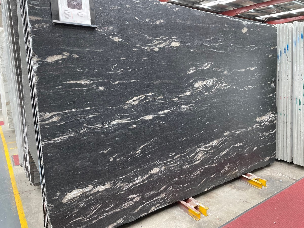 Cosmic Black Leather 20mm (Granite) > Natural Stone