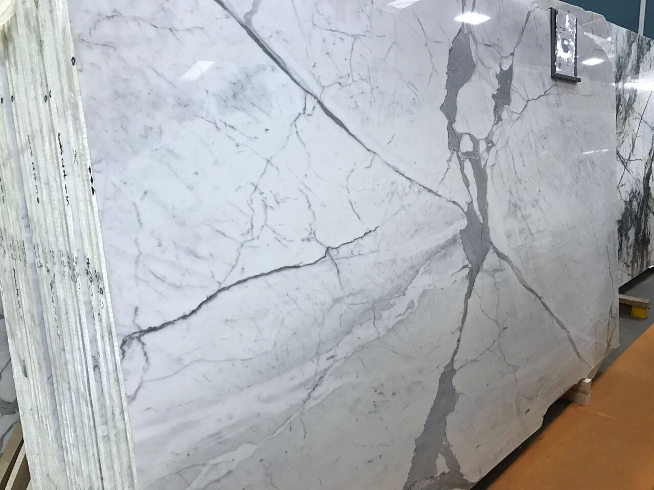 Statuario Premium Polished (Marble) > Natural Stone > Quantum Quartz ...