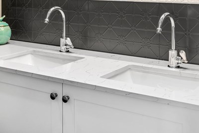 BIANCO VENATO QUARTZ - James Kitchens