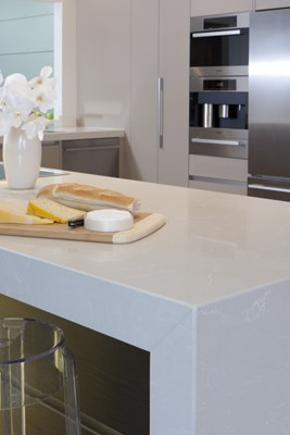 CREMA QUARTZ - Wonderful Kitchens