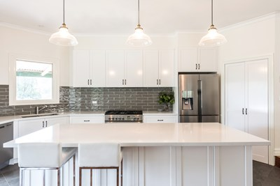 CARRARA QUARTZ - Logie Interiors VIC