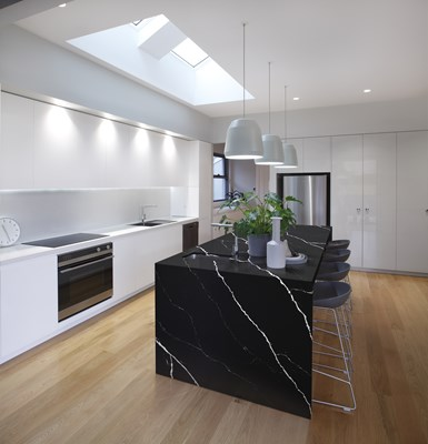 MARQUINA QUARTZ & ALPINE MATTE - Wonderful Kitchens