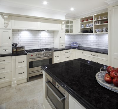 ANTIQUE BROWN (Granite) - Wonderful Kitchens